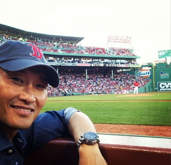 4. Daniel Dae Kim - Sports Fan - Hawaii Five-0