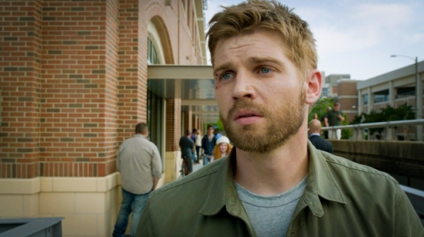 It's Mike Vogel, who plays Dale Barbara from Under The Dome!