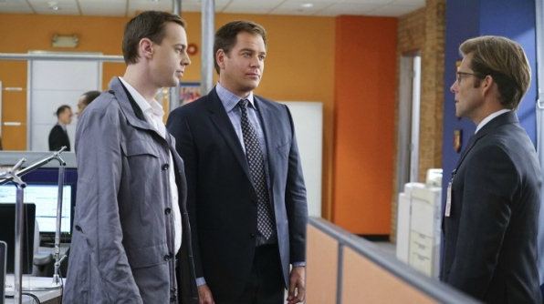 Sean Murray as Timothy McGee, Michael Weatherly as Anthony DiNozzo, and Jamie Bamber as Jake Malloy
