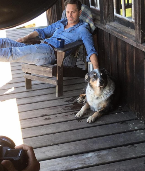 Life in Pieces star Thomas Sadoski chills with his furry friend.