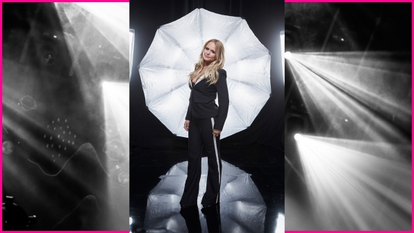 Miranda Lambert has every right to pose with confidence after snagging Album Of The Year.