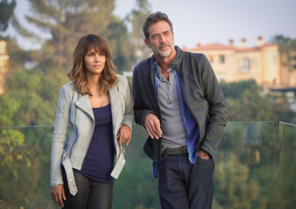 Halle Berry and Jeffrey Dean Morgan to headline panel for Extant.