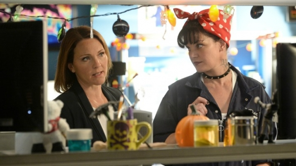 Kelli Williams as NCIS Special Agent Maureen Cabot and Pauley Perrette as Abby Sciuto