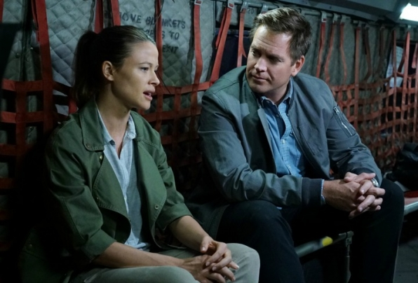 Scottie Thomas as Jeanne Benoit and Michael Weatherly as Anthony DiNozzo