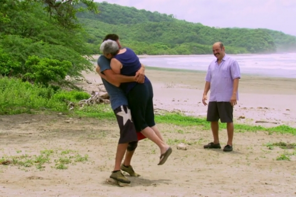 Season 30: Mike Holloway is reunited with his mother.