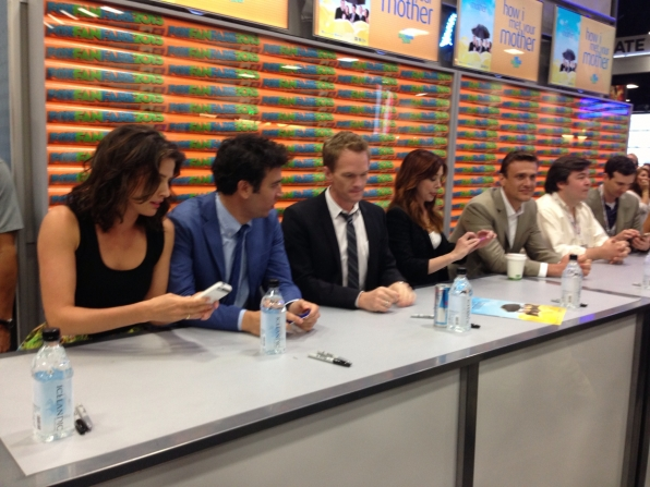 HIMYM Autograph Signing