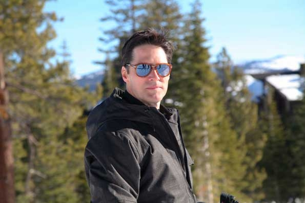 Thomas Gibson Skiing
