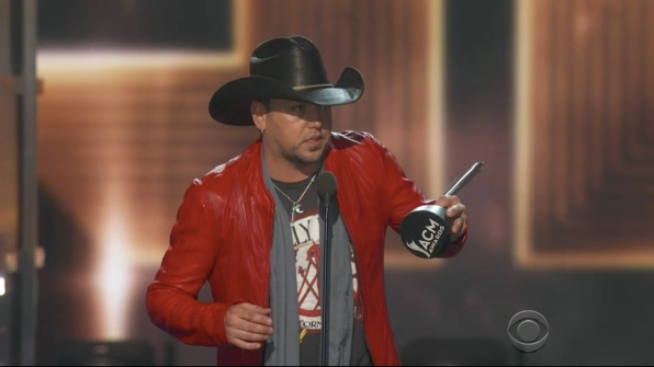 Jason Aldean wins Entertainer Of The Year at the 52nd ACM Awards