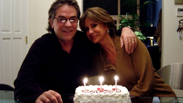 Jess Walton (Jill Abbott) and her husband John's birthdays are two days apart and enjoy a joint celebration every year.