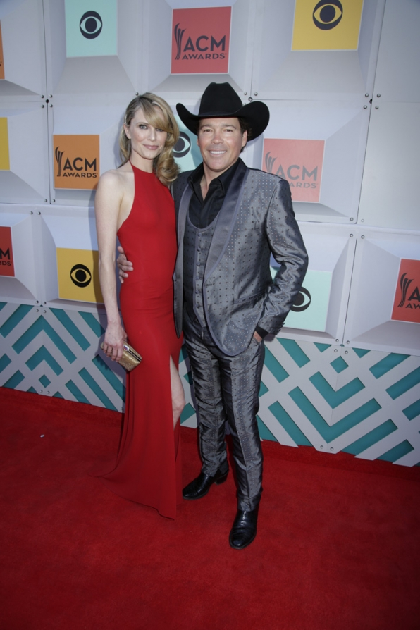2016 ACMs: Jessica Craig and Clay Walker
