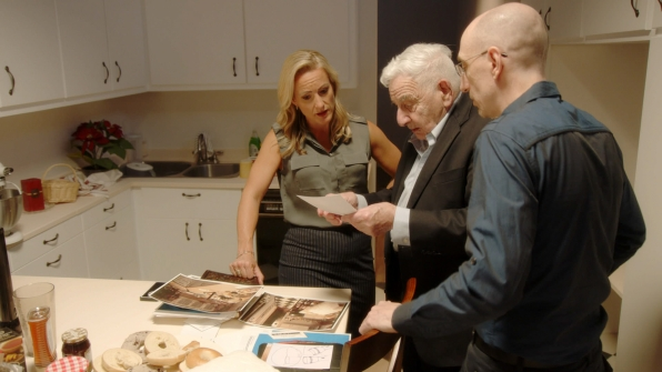 Laura Richards, Dr. Werner Spitz, and Jim Clemente look over some of the evidence.