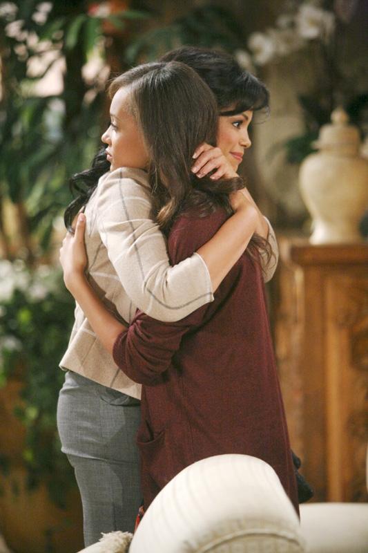 Maya reunited with her sister Nicole with a cute hug.