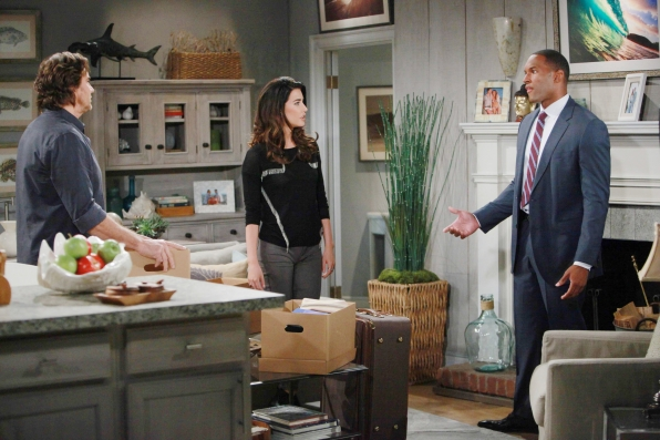 Carter has second thoughts about keeping Ridge's secret from the rest of the family.