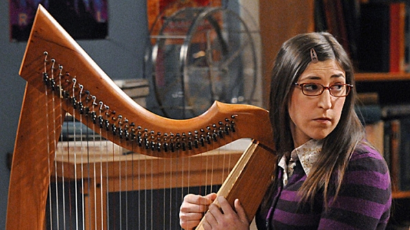 17. She plays the piano, trumpet and learned to play the harp for her role on Big Bang.