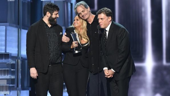 Miranda Lambert wins Album Of The Year at the 52nd ACM Awards