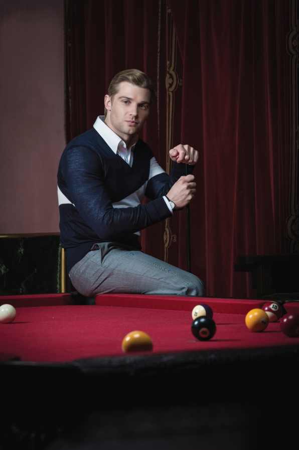 Mike Vogel Plays Pool - Watch! Magazine August 2014