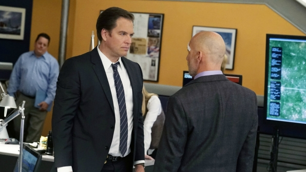 DiNozzo faces off with Trent Kort.