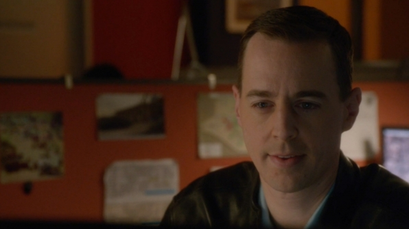 McGee shopped around for the perfect engagement ring.