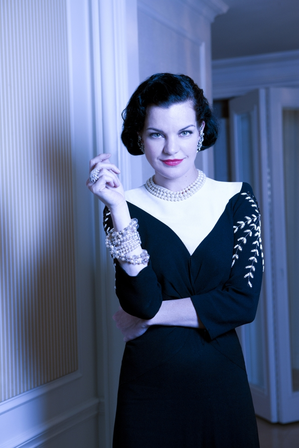 Pauley's perfect in pearls.