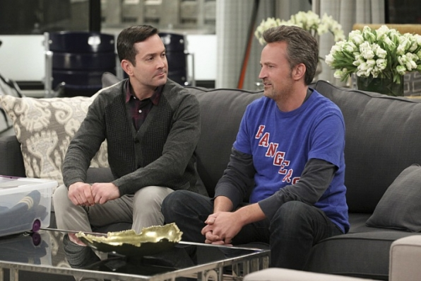 The Odd Couple Season 2 one-hour finale airs on Monday, May 23 at 9/8c.