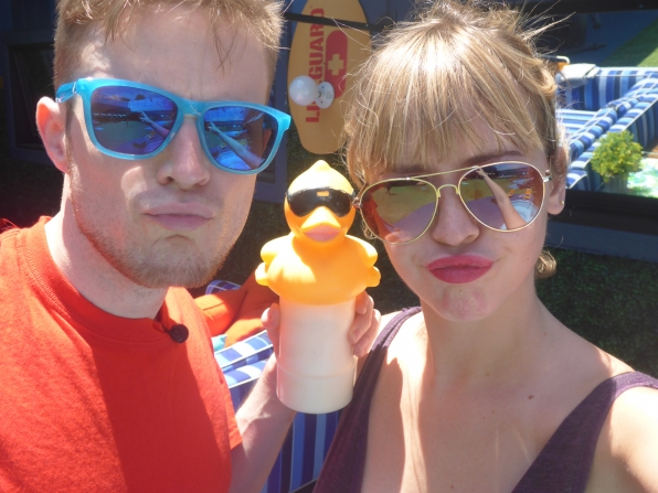 Duck face, don't care