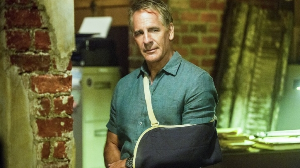 "2. Cassius helps Pride ""save this city"" - NCIS: New Orleans"