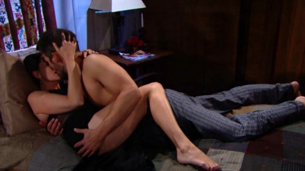 Liam and Quinn have a very sexy night.