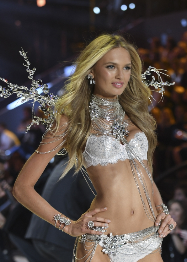 Angel Romee Strijd shines brighter than the stars in her silver ensemble.