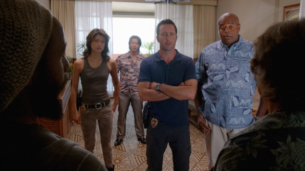 Grace Park as Kono Kalakaua, Will Yun Lee as Flippa, Alex O'Loughlin as Steve McGarrett, and Chi McBride as Lou Grover