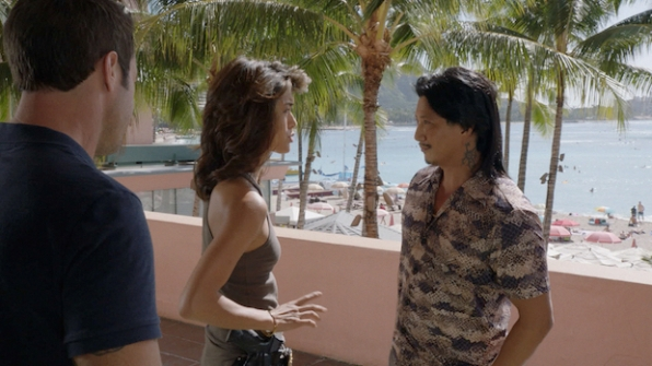 Alex O'Loughlin as Steve McGarrett, Grace Park as Kono Kalakaua, and Will Yun Lee as Flippa