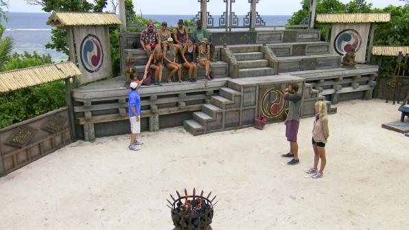 Katie receives the immunity idol clue in Season 27 Episode 10