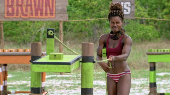 Cydney stays focused during the Individual Immunity Challenge.
