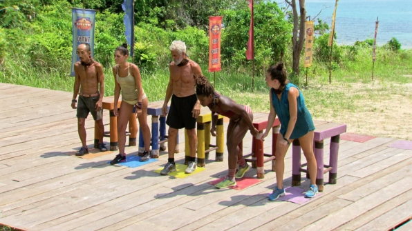 The remaining castaways are poised to start the challenge.
