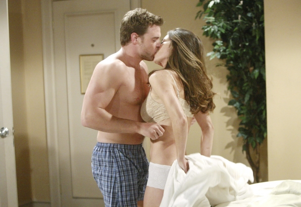 Y&R's Billy and Victoria