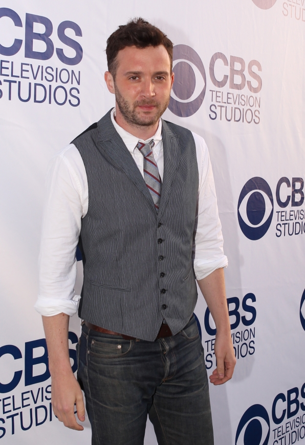 Eddie Kaye Thomas on the CBS Summer Soiree Red Carpet