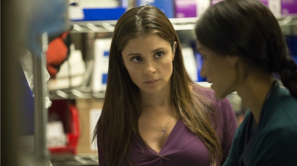 Shiri Appleby as Carla Niven