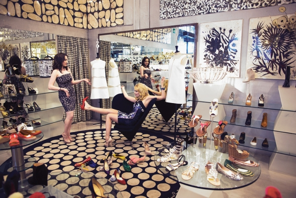 Kat Dennings and Beth Behrs in the Shoe Store