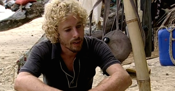 1. Jonny Fairplay's big lie (Survivor: Pearl Islands)