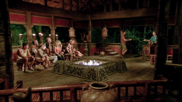 Jonathan relinquishes the Immunity Idol