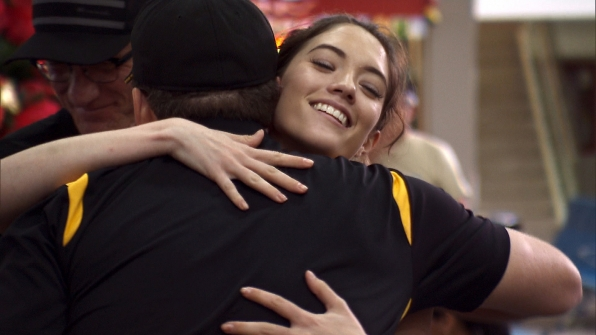 Blair and Brodie finally meet when the teams stop at the airport.