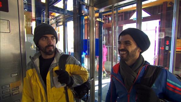 Jamal and Leo in Season 24 Episode 9