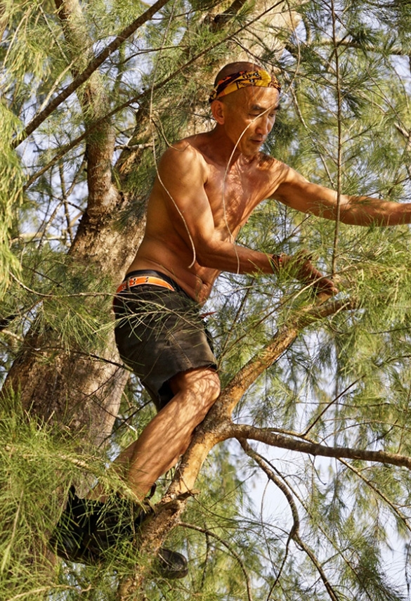 First to hunt for a Hidden Immunity Idol