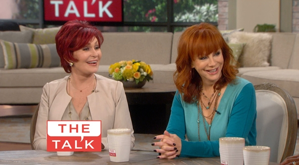 Reba 'Talk's' it up with the Hosts