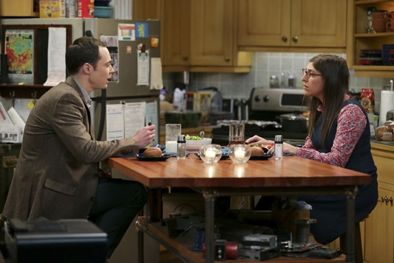 3. Sheldon and Amy throw a G-rated sleepover.