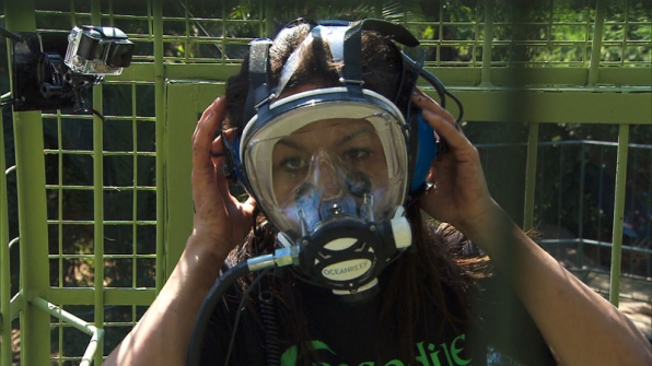 Jazmine Lewis (#TheTrackStars) means business in this diving mask.