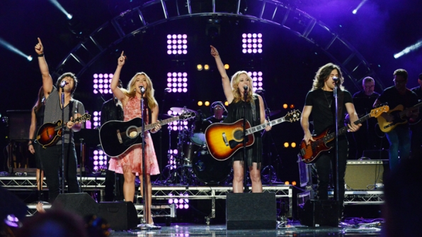 The Band Perry and Deana Carter