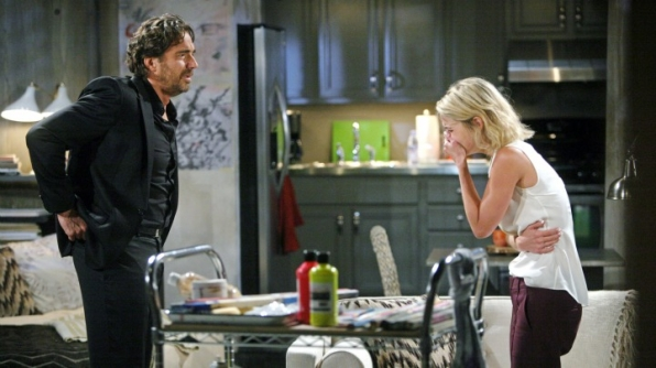 Caroline tells Ridge the truth about her pregnancy.