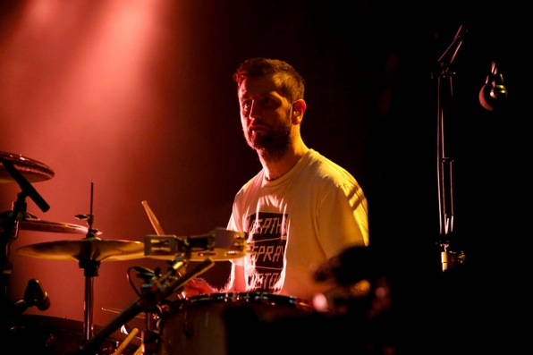 Keane's Drummer Richard Hughes Warms Up