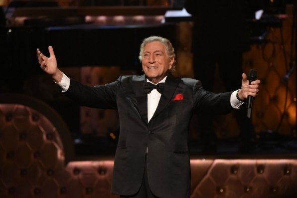 8. Tony Bennett reaffirms why he's a national treasure.