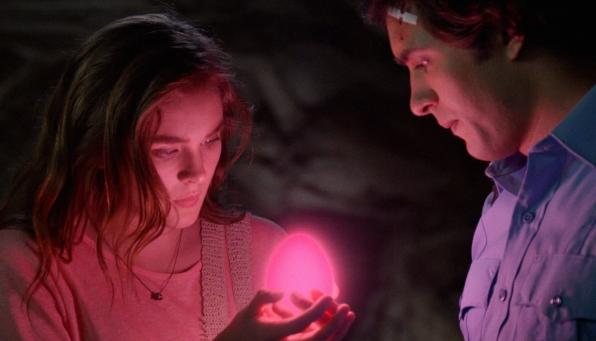 The Egg Glows - S2E7